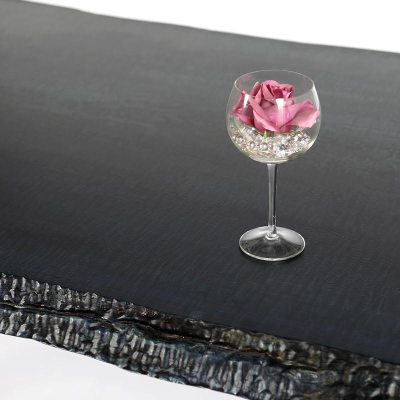 無垢一枚板によるテーブル
